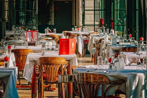 restaurant-3597677__340